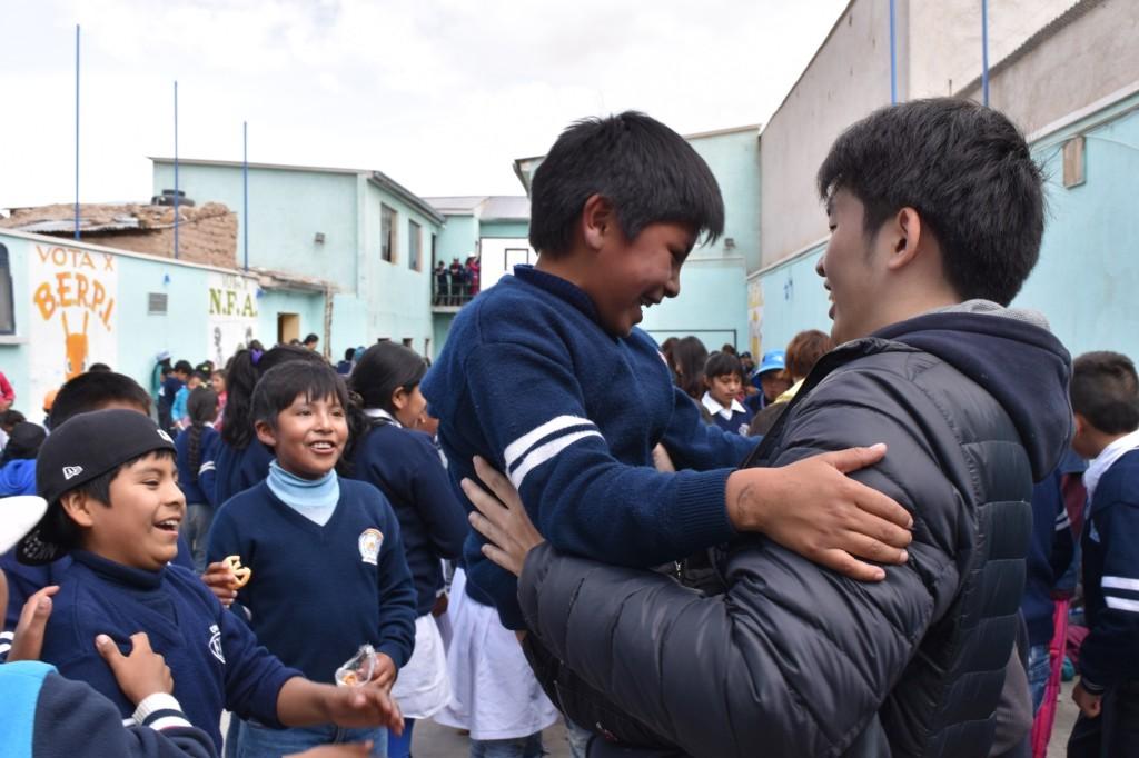 もってぃカメラ ウユニ学校交流_9282